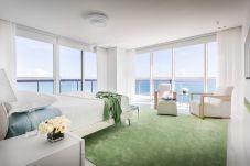 Apartment in Miami Beach - Setai Ultra Luxurious Condo Miami Beach
