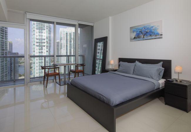 in Miami - FlashStay Design | Downtown  | Free Spa + Pool